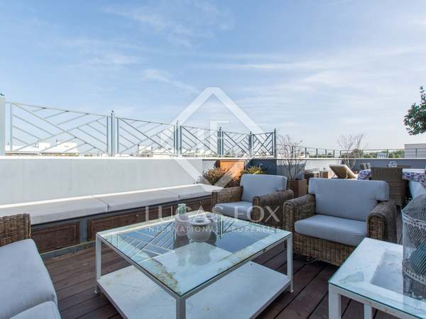 160m² Penthouse with 55m² terrace for rent in Aravaca