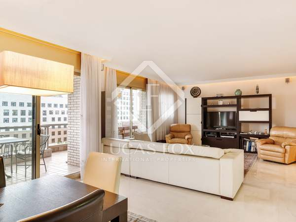 190 m² apartment with terrace for sale in Les Corts, Barcelona