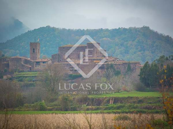 Castle for sale in La Garrotxa, Girona Province, Spain