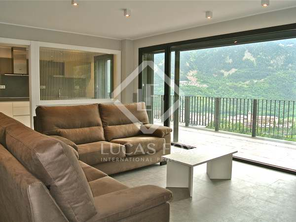 190m² property with terrace for sale in Escaldes