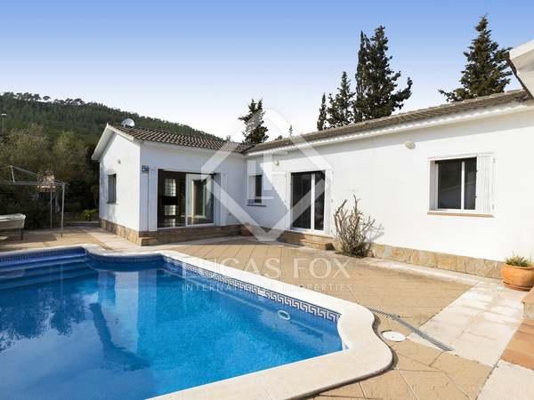 Дом / Вилла 184m² на продажу в Olivella, Барселона