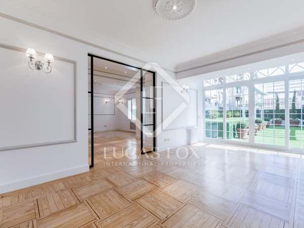 Appartement van 391m² te koop met 156m² terras in Recoletos