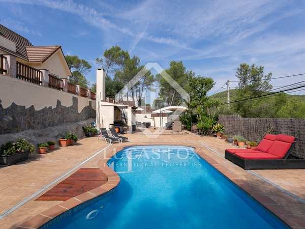 150m² House / Villa for sale in Olivella, Barcelona