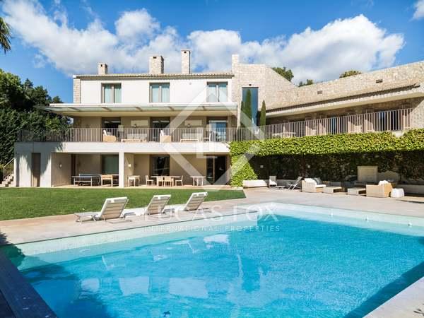 719m² Hus/Villa med 3,030m² Trädgård till salu i Godella / Rocafort