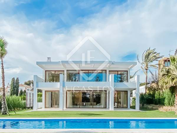 625m² House / Villa for sale in San Pedro de Alcántara / Guadalmina