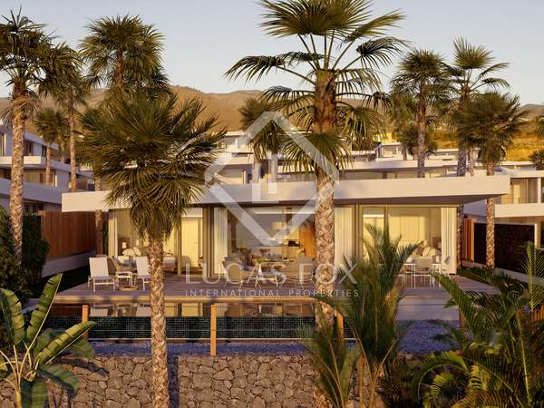 184m² House / Villa with 306m² garden for sale in Tenerife