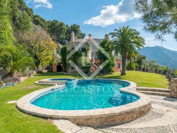 450m² House / Villa with 97m² terrace for sale in East Málaga