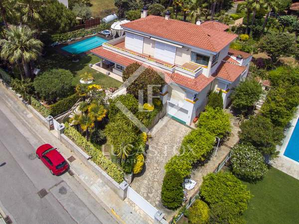 560m² property for sale in Alella, Maresme
