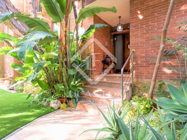 434m² House / Villa with 402m² garden for sale in Urb. de Llevant