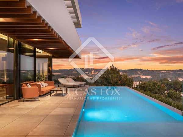 570m² House / Villa with 400m² terrace for sale in Alicante ciudad