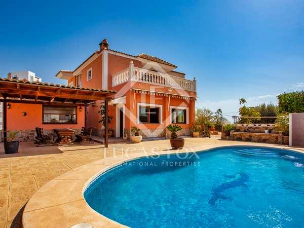 Huis / Villa van 344m² te koop in El Campello, Alicante