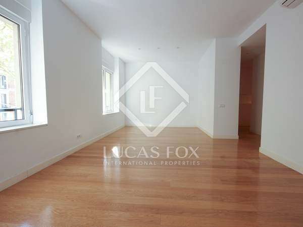 161 m² apartment for rent in Castellana, Madrid