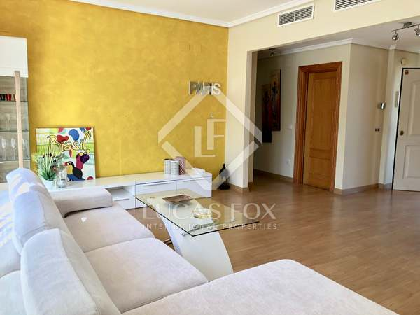 147m² House / Villa with 300m² garden for rent in Bétera