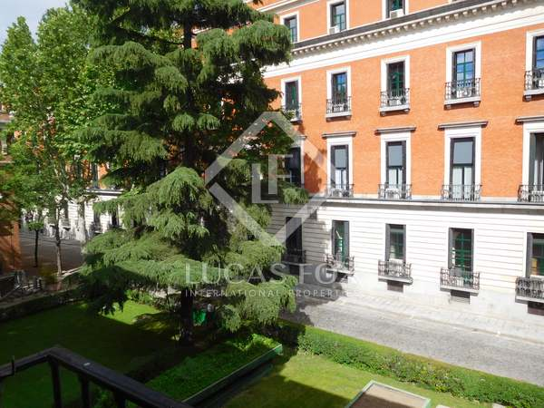 292 m² apartment for sale in Justicia, Madrid