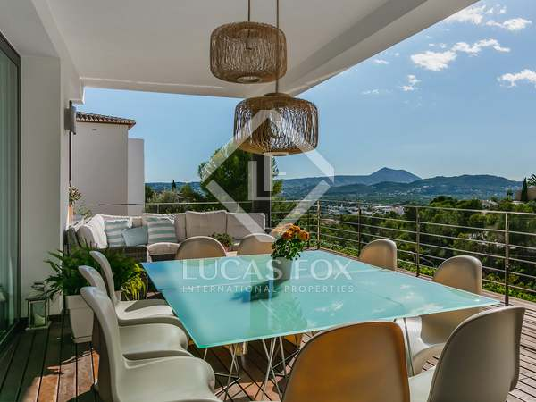 Huis / Villa van 430m² te koop in Jávea, Costa Blanca