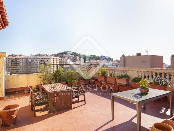 Penthouse with terrace for sale in Sant Gervasi