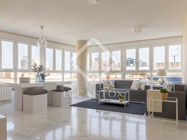 Apartamento de 2 dormitorios en venta en Pla del Real