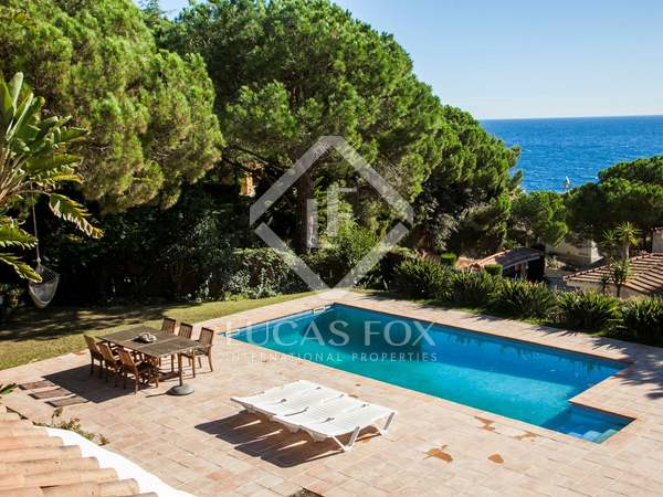 Wonderful Costa Brava villa for sale with sea views