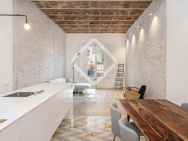115m² Apartment with 60m² terrace for sale in Eixample Right