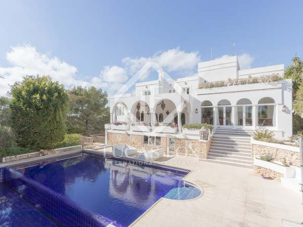 530m² House / Villa for sale in Santa Eulalia, Ibiza