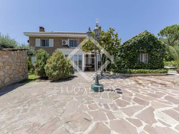 Casa / Villa de 404m² en venta en Pozuelo, Madrid