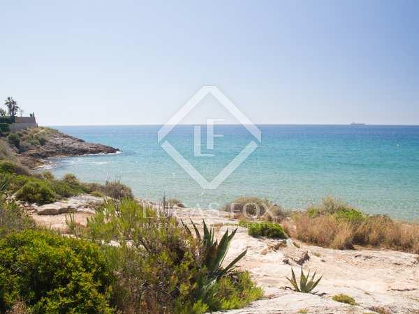 435m² Plot for sale in Antibes, Tarragona