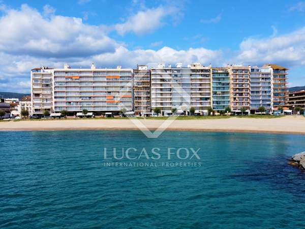 penthouse van 100m² te koop met 10m² terras in Calonge