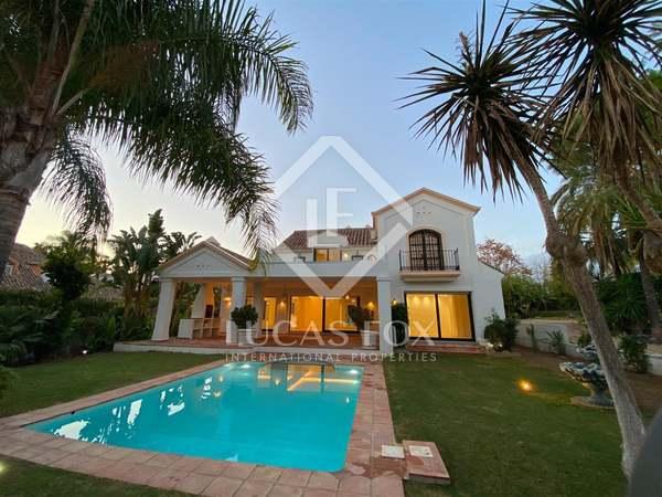 450m² House / Villa with 1,006m² garden for sale in San Pedro de Alcántara / Guadalmina