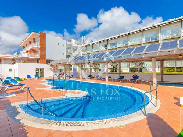 3,674 m² hotel for sale in Calella