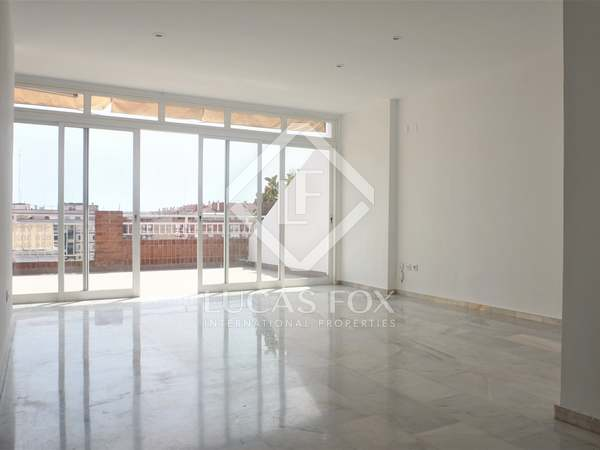 220m² Penthouse with 25m² terrace for sale in Ciudad de las Ciencias
