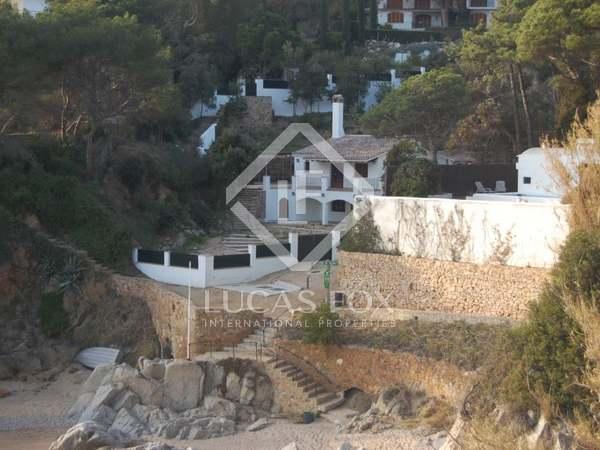 Huis / Villa van 178m² te koop in Lloret de Mar / Tossa de Mar