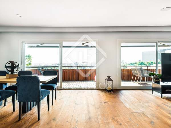 Appartement van 190m² te huur met 28m² terras in Pedralbes