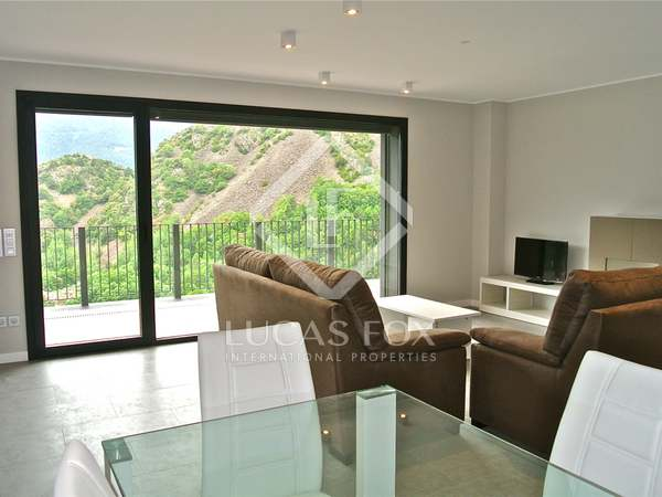 Luxury duplex penthouse with 3 bedrooms for sale in Escaldes