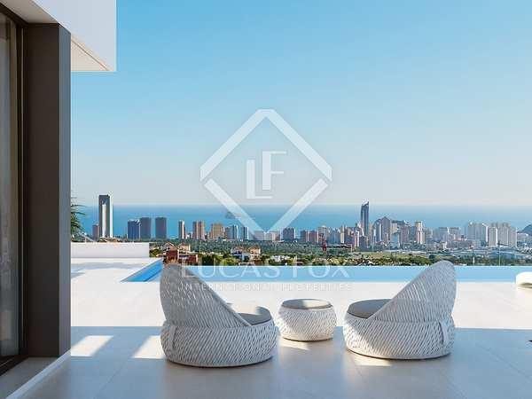 409m² House / Villa for sale in Finestrat, Alicante