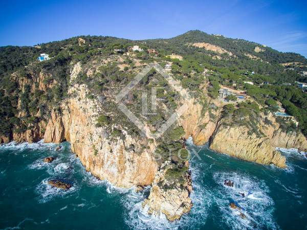 Exclusive first line building plot for sale on the Costa Brava