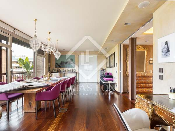 263m² Apartment with 25m² terrace for sale in Tres Torres