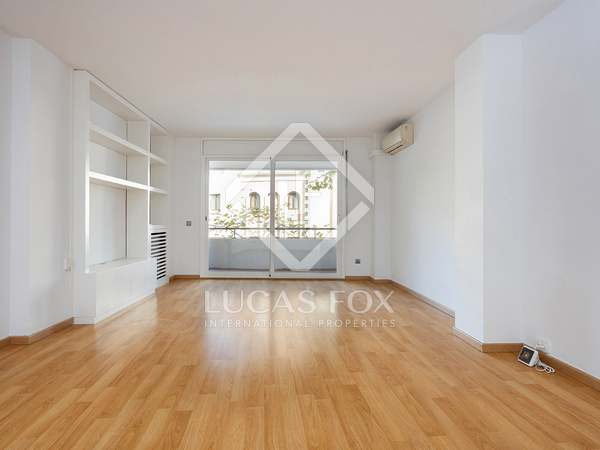 125m² Apartment for rent in Turó Park, Barcelona