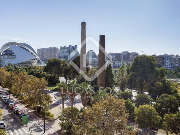 Piso de 220 m² en venta en Ciudad de las Ciencias, Valencia