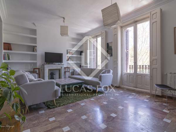 156m² Apartment for sale in Cortes / Huertas, Madrid