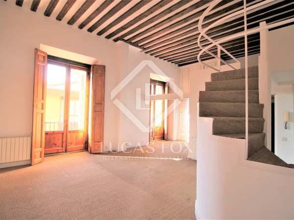 70 m² apartment for sale in Palacio, Madrid