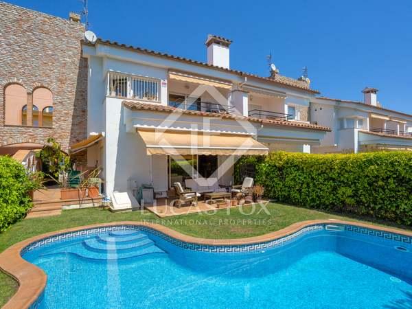 Huis / Villa van 195m² te koop in Platja d'Aro, Costa Brava