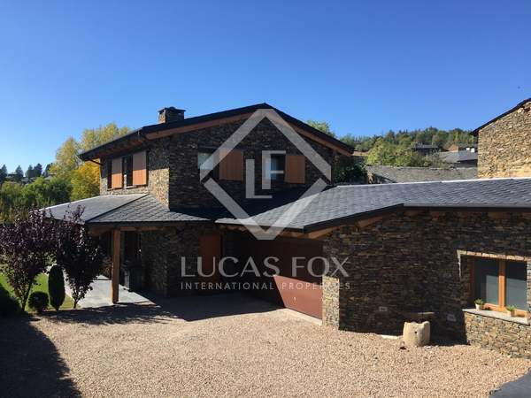 240m² Country house for sale in La Cerdanya, Spain