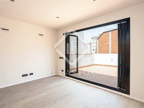 63m² Penthouse with 26m² terrace for sale in Sant Gervasi - Galvany