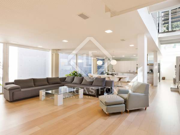Casa / Villa di 400m² in vendita a Sant Cugat, Barcellona