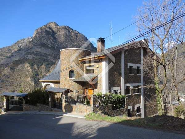 Luxury chalet for sale in St Julia de Loria, Andorra