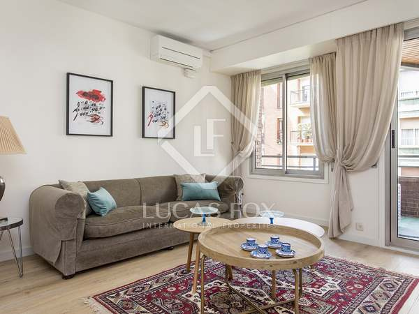 103m² Apartment with 15m² terrace for rent in Eixample Left