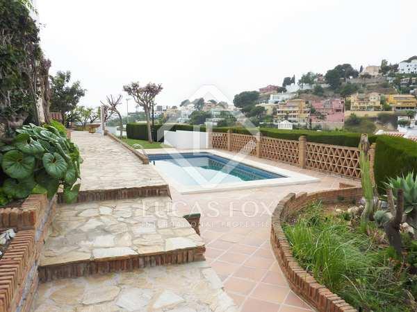 Casa / Villa de 385m² en venta en Málaga Este, Málaga