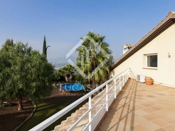 Villa unifamiliar de 4 dormitorios en venta en Olivella