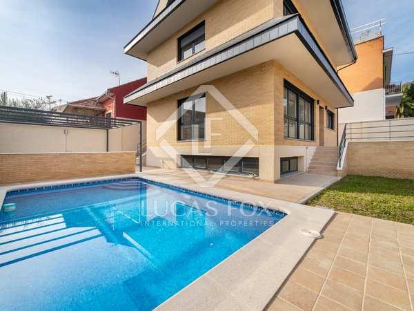 Huis / Villa van 284m² te koop in Pozuelo, Madrid
