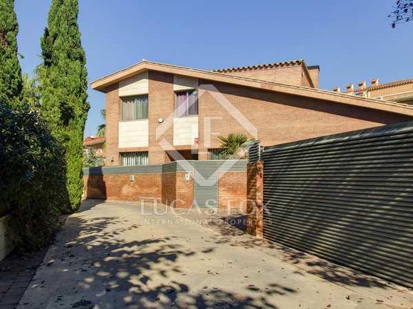 342m² House / Villa for sale in Urb. de Llevant, Tarragona